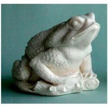 Фигурка лягушки, денежного символа